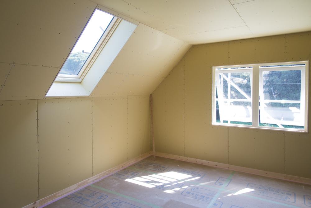 大屋根北欧住宅の二階室内