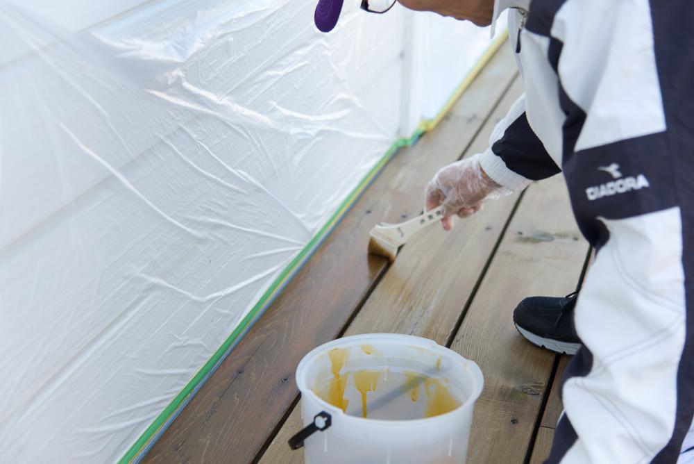 まずはご主人様からウッドデッキDIY塗装にチャレンジ!