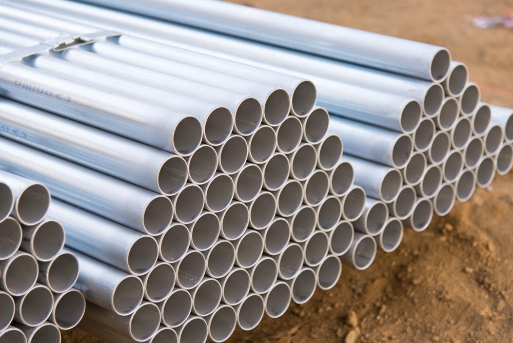 鋼管杭を使用した補強方法を採用