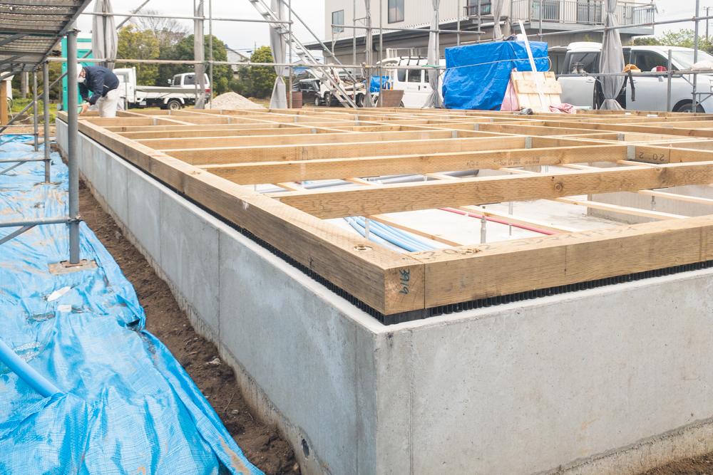 新築工事中の注文輸入住宅「ノースアメリカンの家」の耐震基礎が完成しました